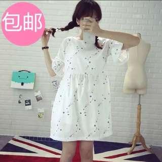 花朵白洋裝
