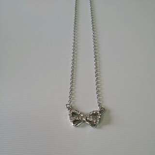 Ribbon Necklace Free Box