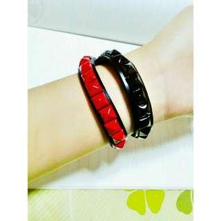 紅黑鉚釘手環