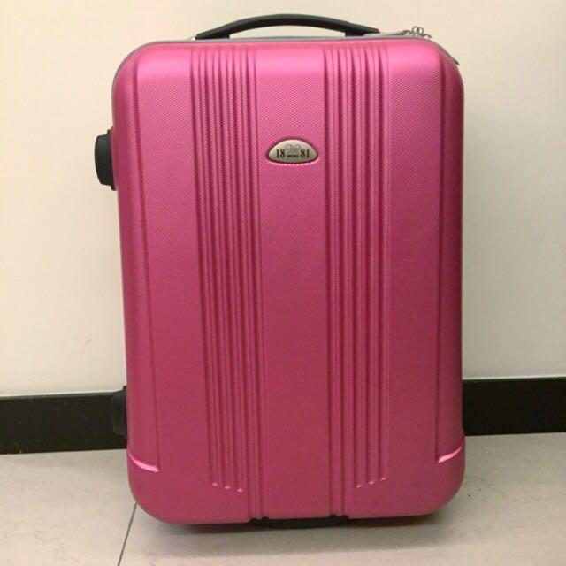 【保留】粉紫色行李箱