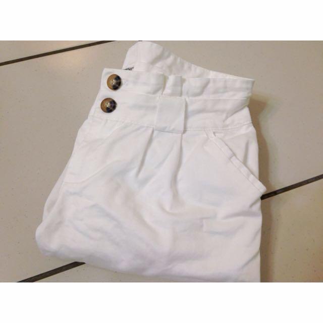 白色 打摺 修飾 長褲