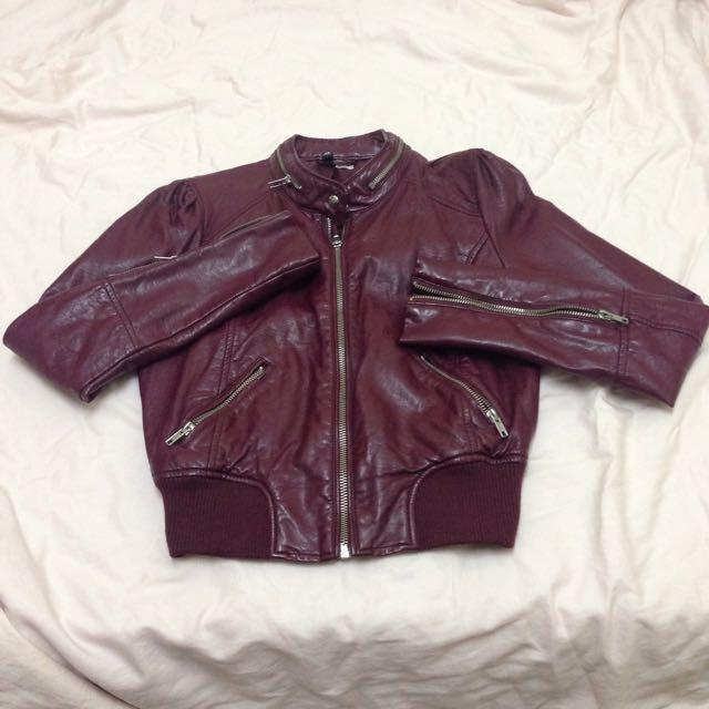 H&M 紫紅色短版皮衣