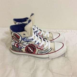 Converse 帆布鞋
