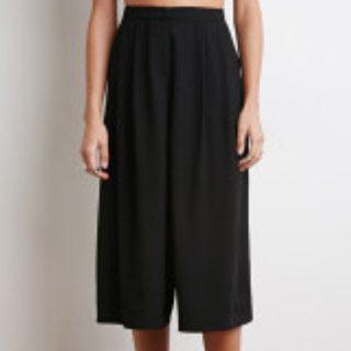 SWAP FOR BLACK HIGH-WAISTED CULOTTES :)