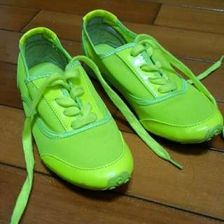 韓國大眾品牌 8 Seconds 休閒運動鞋(螢光黃)