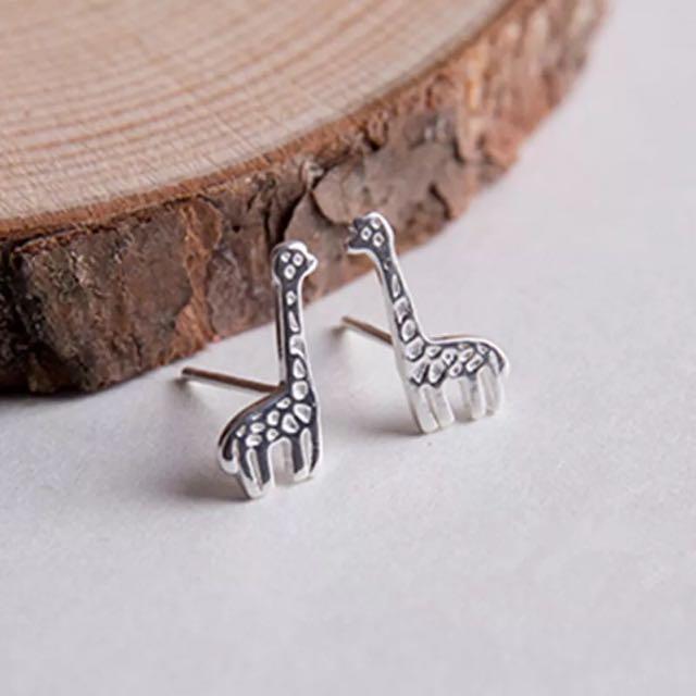 正韓*長頸鹿耳針式耳環*925純銀贈送拭銀布