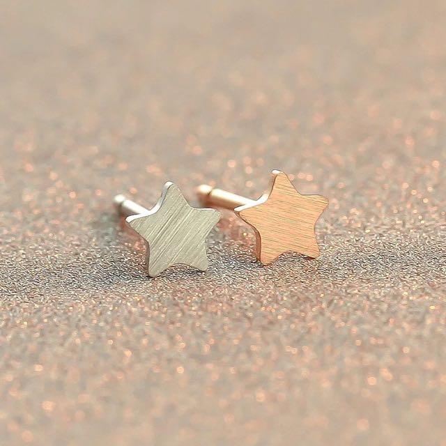 免運*925純銀五角星⭐️耳釘式耳環(特價)