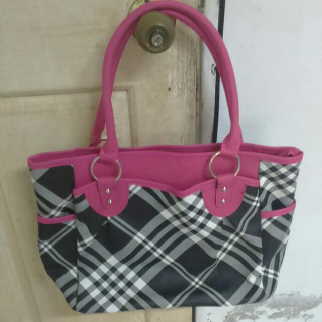 全新 粉紅格子手提包