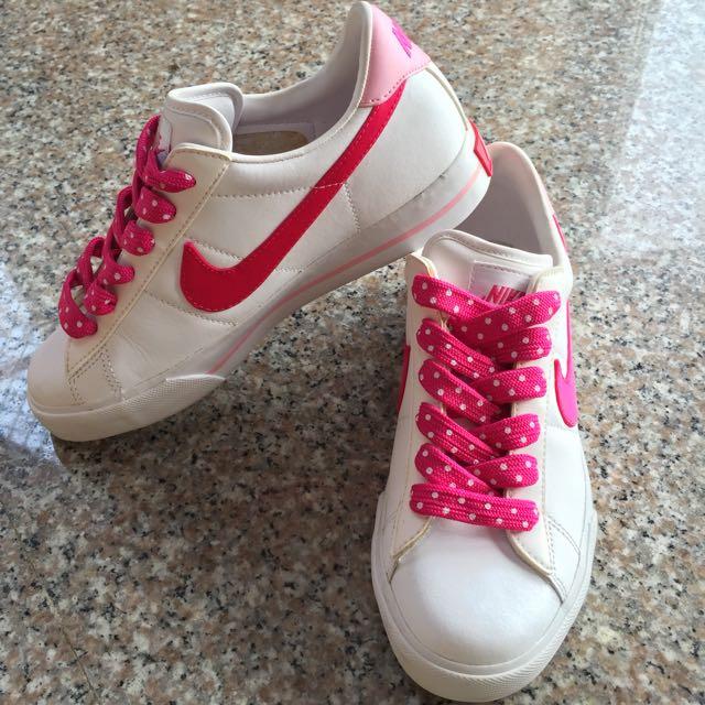 Nike 白桃板鞋 24cm (二手)