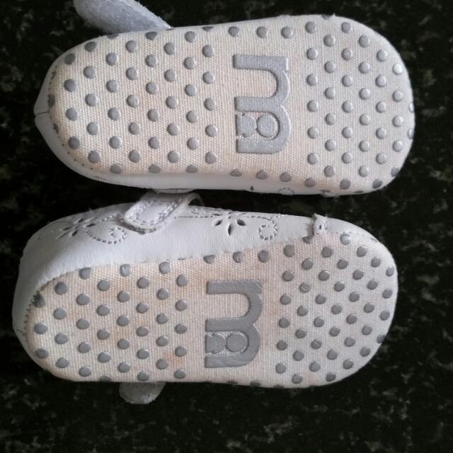Pre-loved mother care Baby Shoe
