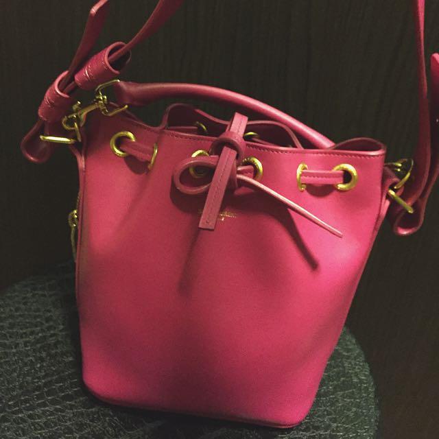 64debdea6e YSL Bucket Bag -  900
