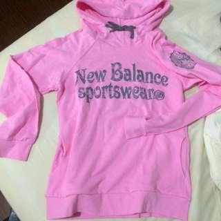 New Balance 桃粉紅連帽帽T