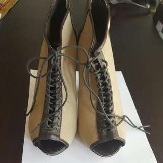 Peep Toes Boots Size 7