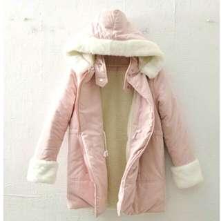 櫻花粉蓬蓬毛連帽大衣外套