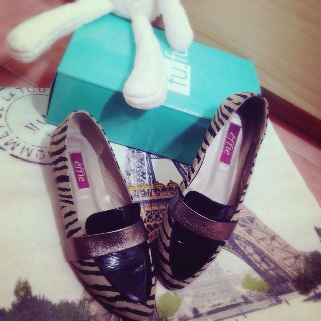 百搭裸色斑馬紋通勤鞋(阿瘦),別人送的禮物🎁,尺寸參考標籤的6.5號