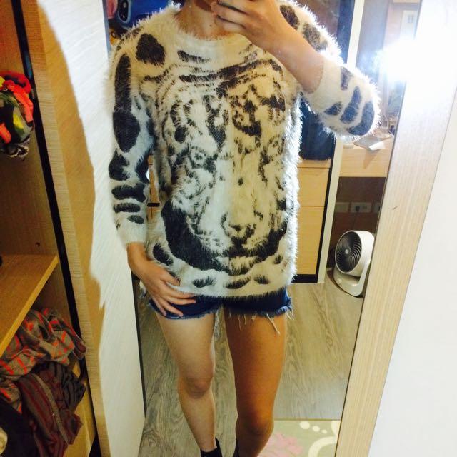 老虎針織毛衣