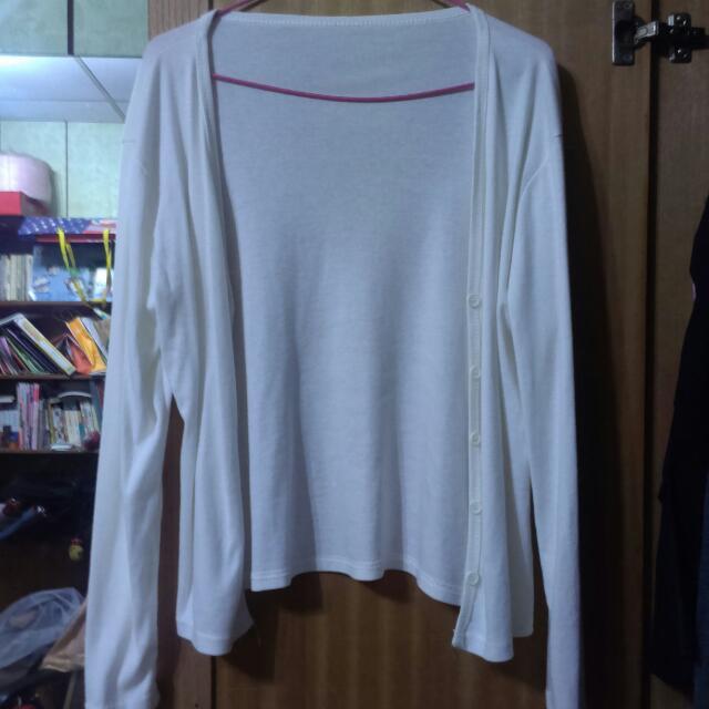 白色短版外套