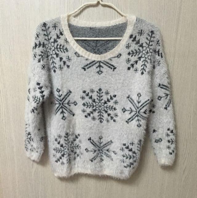 雪花毛毛衣 很暖很軟
