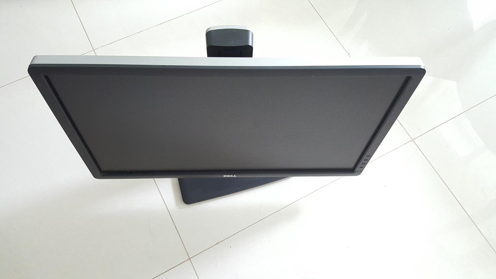 dell u2312 and u2311 ultrasharp ips monitor  23' led monitor