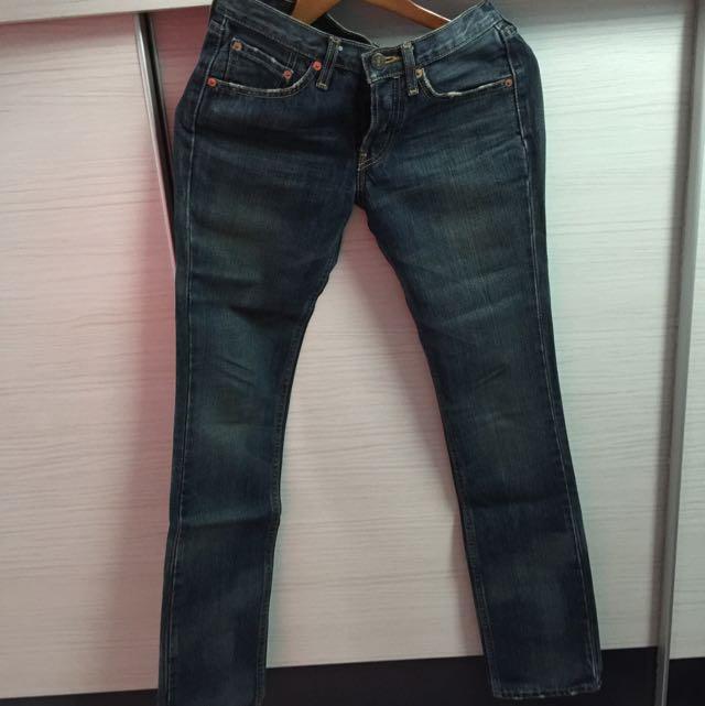 Levi's直筒褲