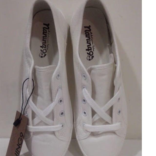(待匯保留)Naning9 韓國製小白鞋