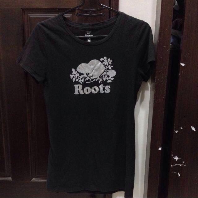 正版roots短袖上衣