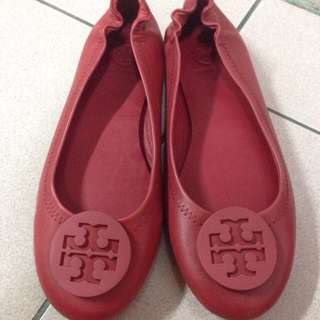 TORY BURCH素面皮革娃娃鞋(正品)