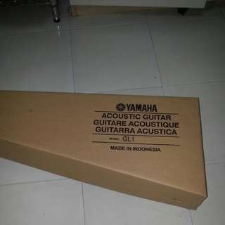 Almost BN Yamaha Guitalele Gl1