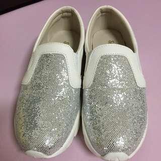 韓...亮片休閒鞋 23.5