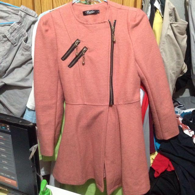 洋裝式拉鍊大衣