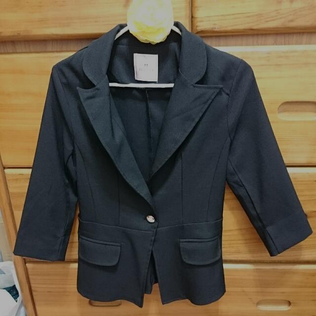 Mayuki黑色七分西裝外套