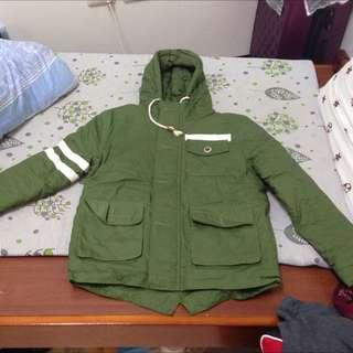 軍綠色韓國窄版外套