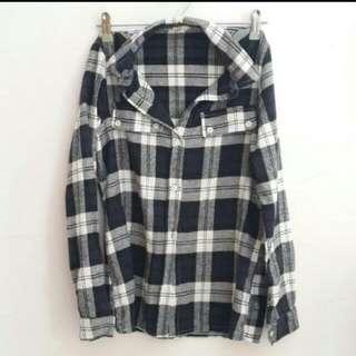 【近全新】黑白格子襯衫/格紋襯衫