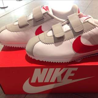 🎈 Nike 阿干鞋 白色全新童鞋