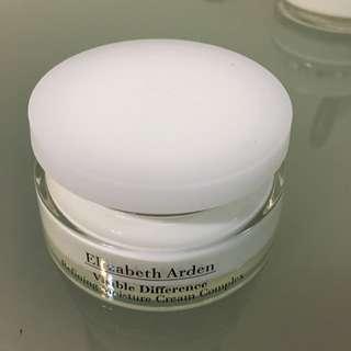 Elizabeth Arden 臉部保濕乳液(超好用)