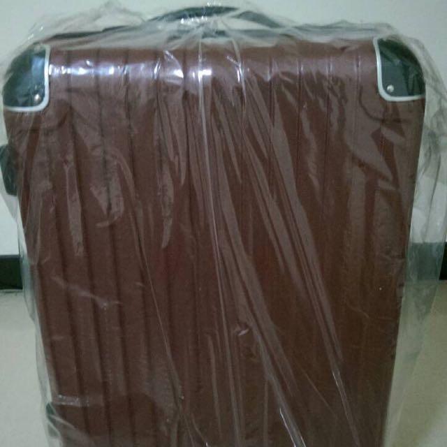 含運全新)24吋硬殼拉桿行李箱