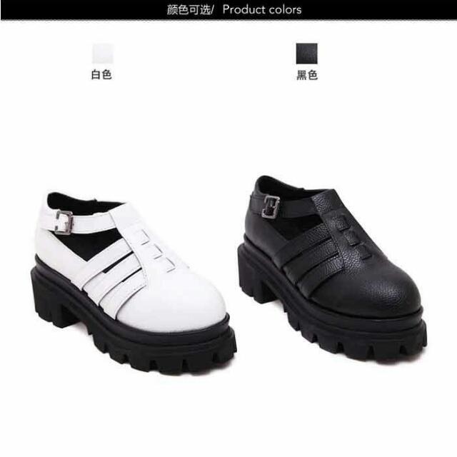 日系學院風圓頭小皮鞋