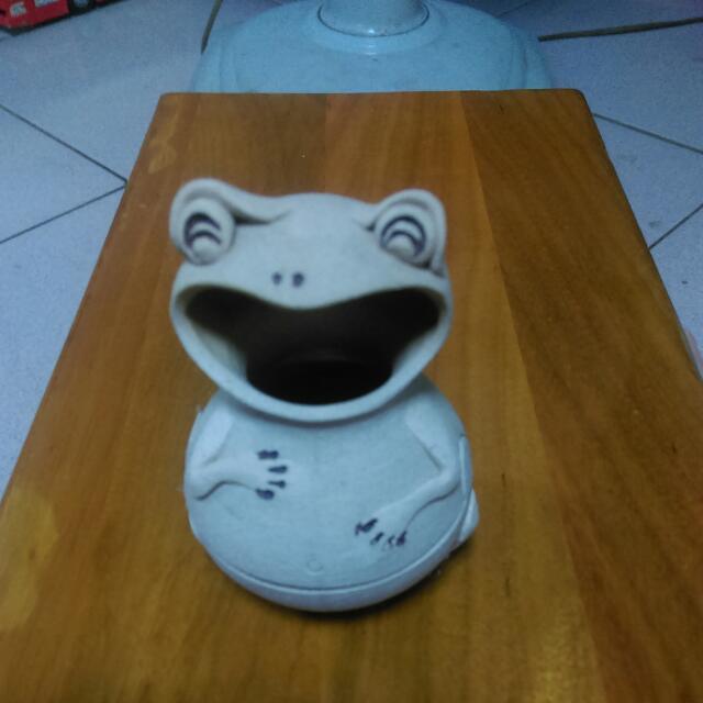 陶製青蛙造型薰香