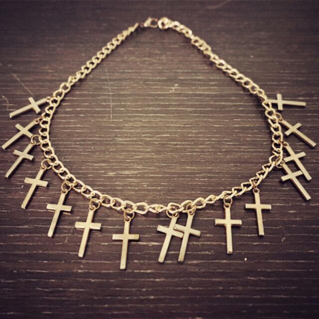 十字架短項鍊