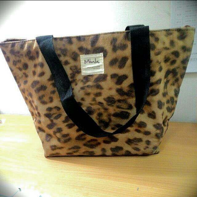✌豹紋手提包🎒mink