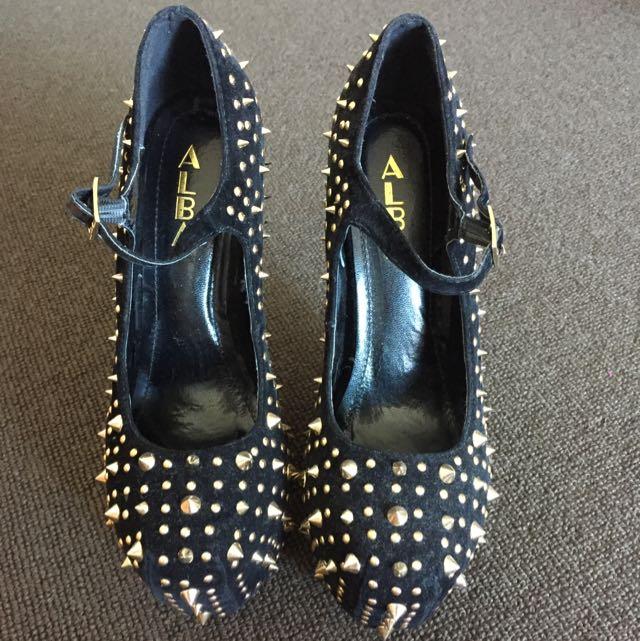 Studded 'No Heels' heels