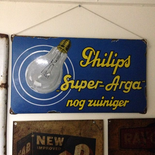Vintage Philips Small Enamel Advertising Sign, Vintage & Collectibles on  Carousell