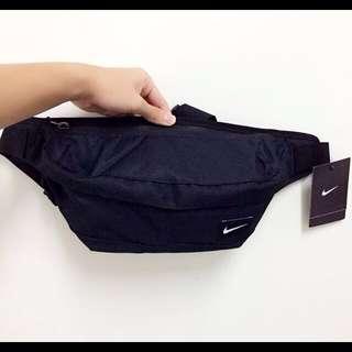 NIKE HOOD WAISTPACK BAG 黑 基本款 運動休閒 腰包 肩背包 斜背包 BA4272-067 現貨