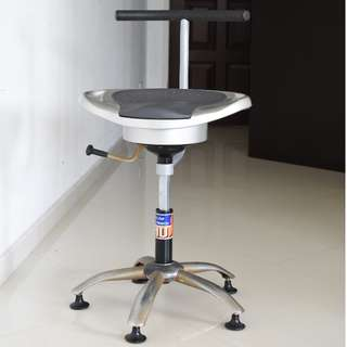 (PRICE REDUCED) FITNESS CHAIR (BY HUSLA)