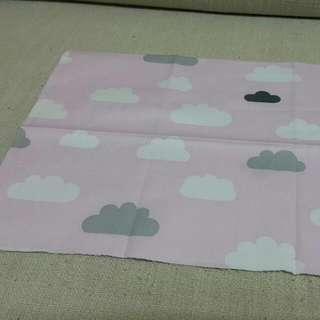 純綿印花布~粉紅雲朵,陰天