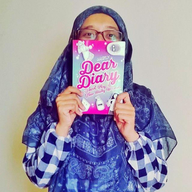 Dear Diary *2 BOOKS*