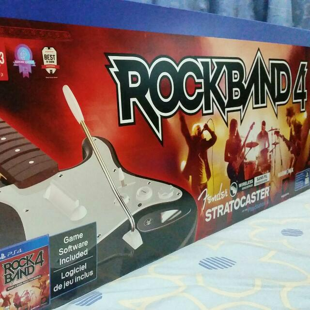 Rock Band 4 Wireless Guitar With Game Bundle (PS4)