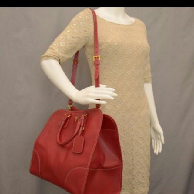 872ac0d29d Special Edition PRADA Saffiano Lux Shopping Tote in Fuoco Red ...