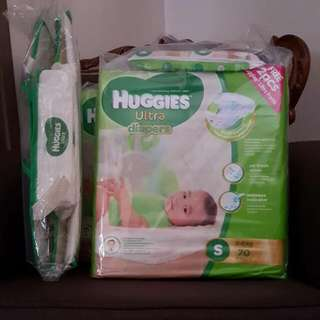 HUGGIES Ultra Diapers & HUGGIES Diapers Organizer