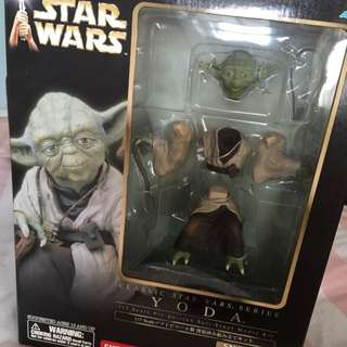 1/7 Scale STARWARS Figurine - YODA ( By KOTOBUKIYA )